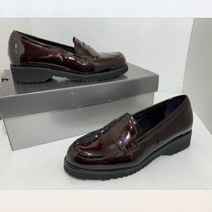 La Canadienne Women's Low Heel Loafers Shoes 6 M